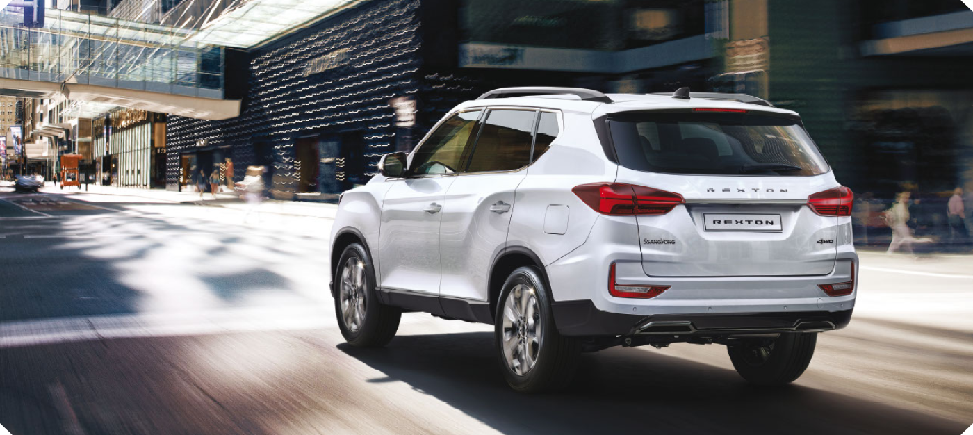 New Rexton Y450 Rear Driving